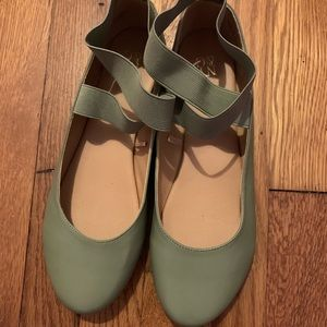 New York & Company Shoes